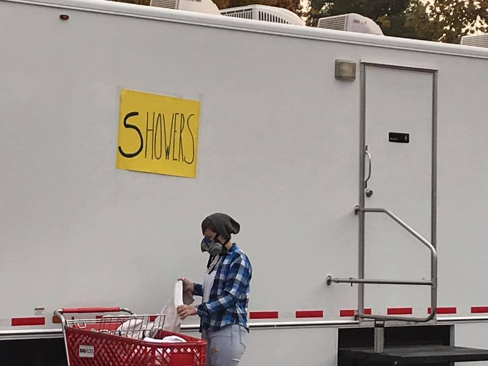 volunteers at Camp Fire in Chico and Paradise California